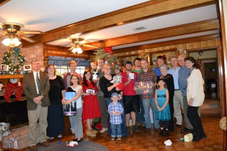Here is Grambo's family after our Christmas Day game of Yankee Swap (gag gifts).